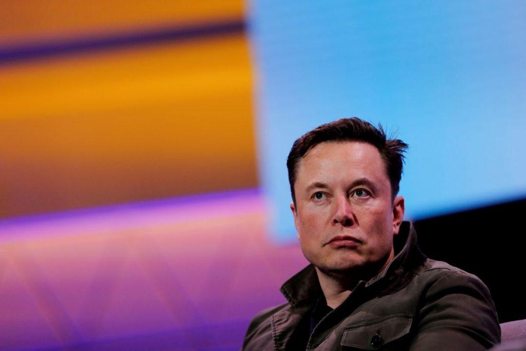 Tesla: Маск заявил, что политика Байдена в отношении электромобилей «контролируется профсоюзами»