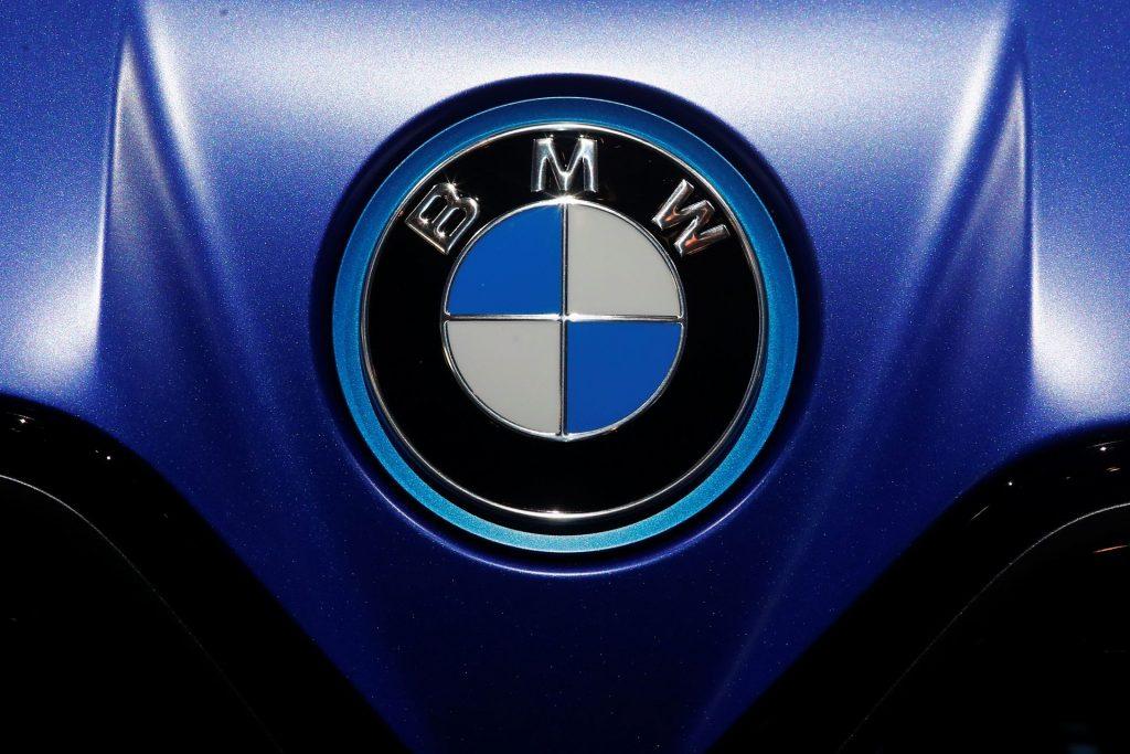 На BMW и Daimler подали в суд за отказ ужесточить показатели выбросов