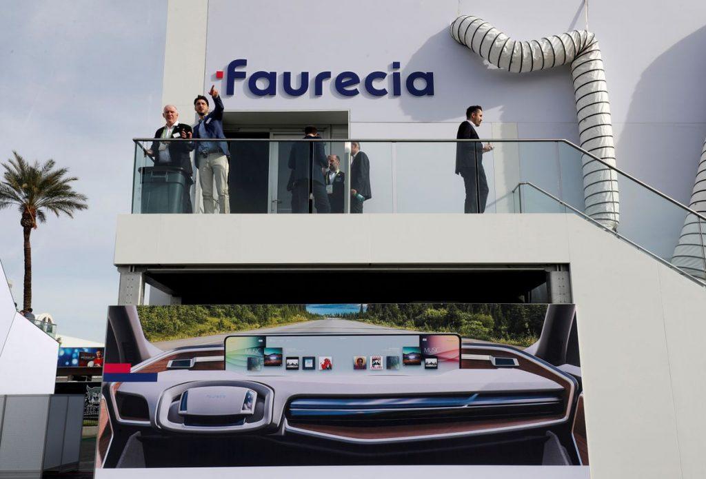 Группа автомобильных запчастей Faurecia снижает целевые показатели на 2021 год