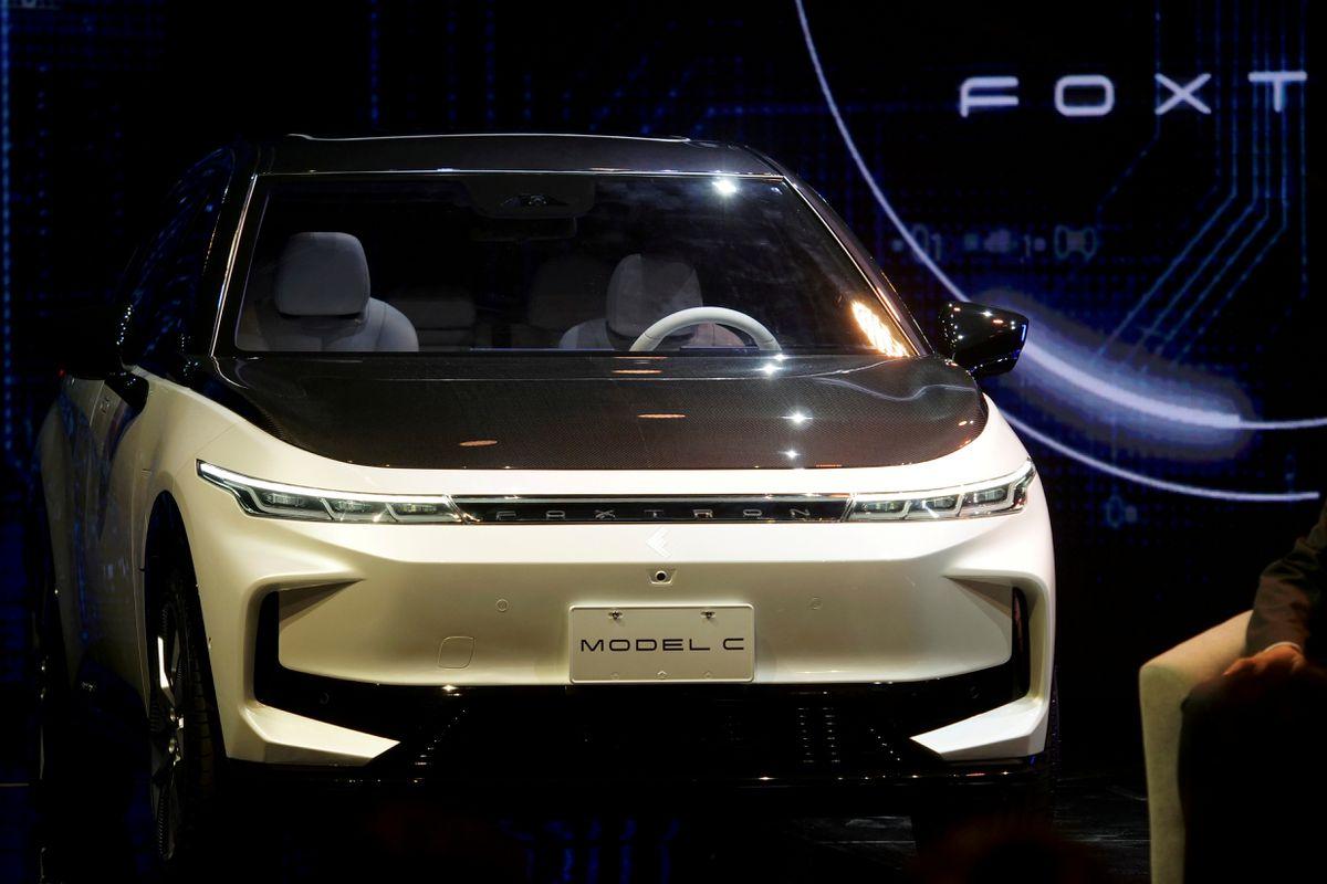 Автопроизводители спешат перейти на электричество