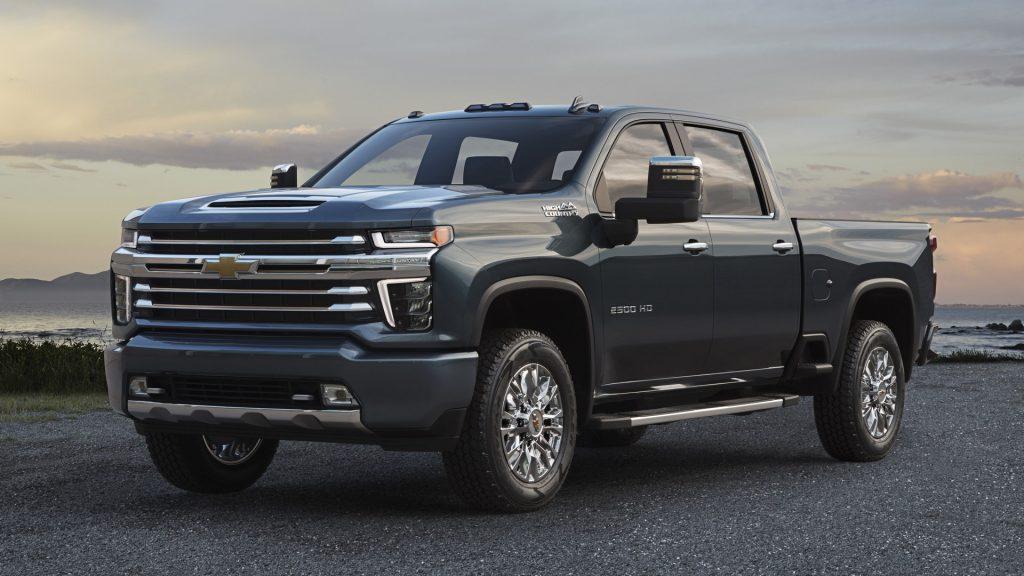 GM сократит производство грузовиков на фоне дефицита полупроводников