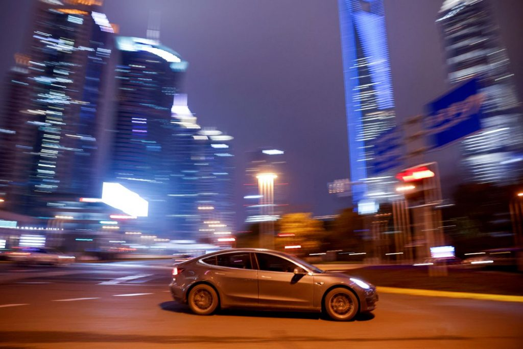 Китай усиливает контроль за данными на автомобильном рынке