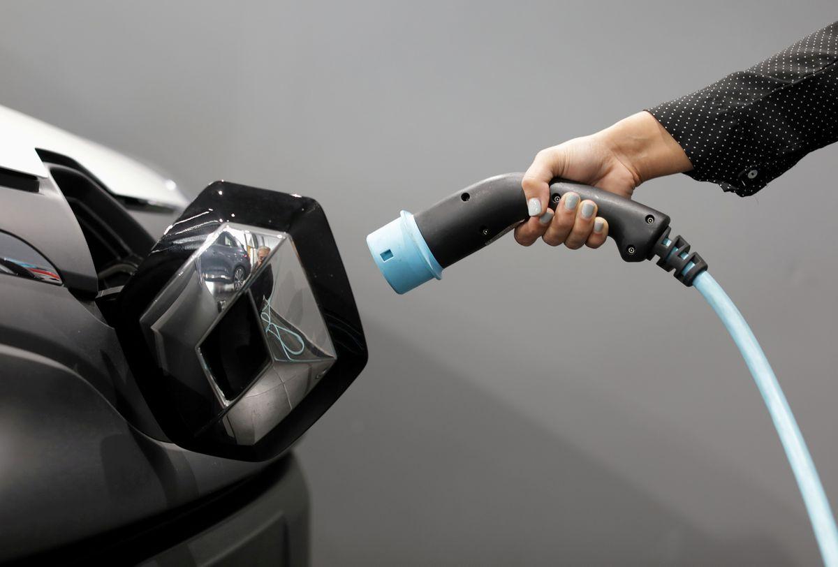 Электрифицированные автомобили достигли почти пятой части продаж автомобилей в ЕС в 3 квартале