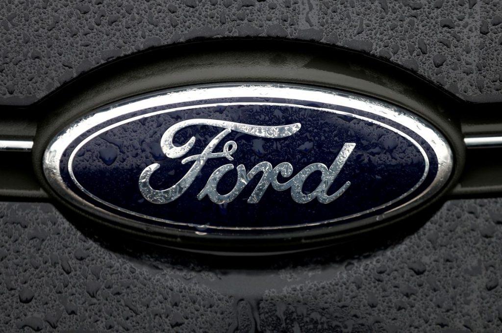 Ford остановит производство на американском заводе грузовых автомобилей на неделю из-за нехватки чипов