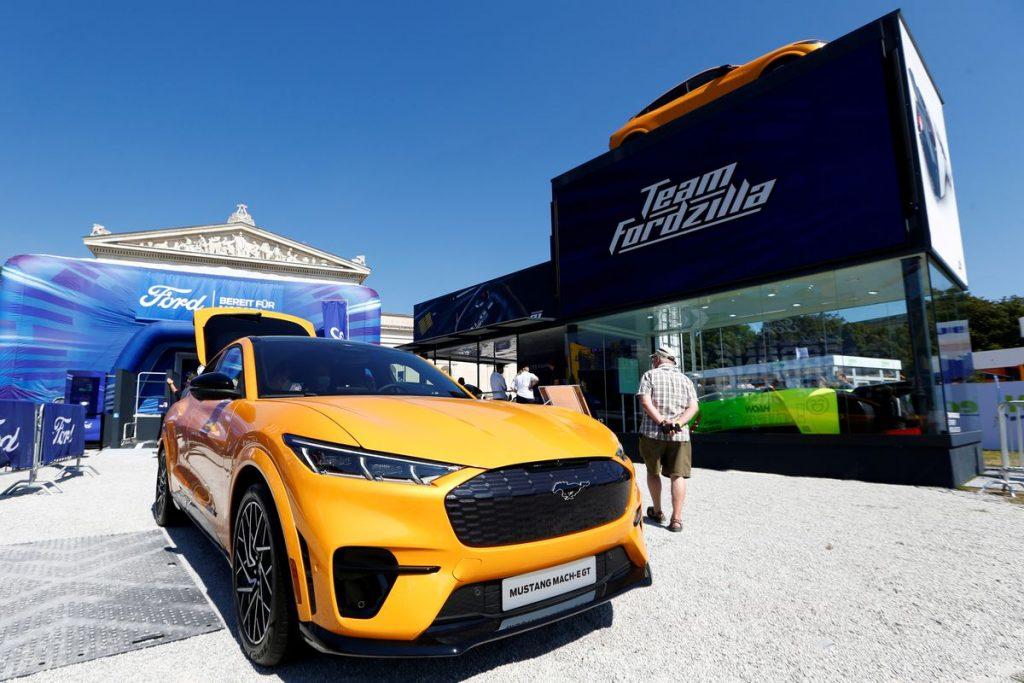 Ford и Redwood создадут цепочку поставок материалов для аккумуляторов электромобилей