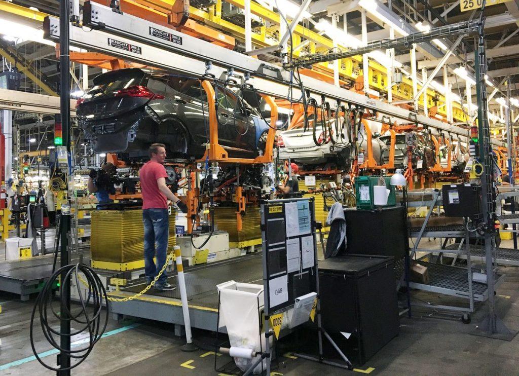 GM продлевает закрытие завода в Мичигане из-за отзыва Bolt EV