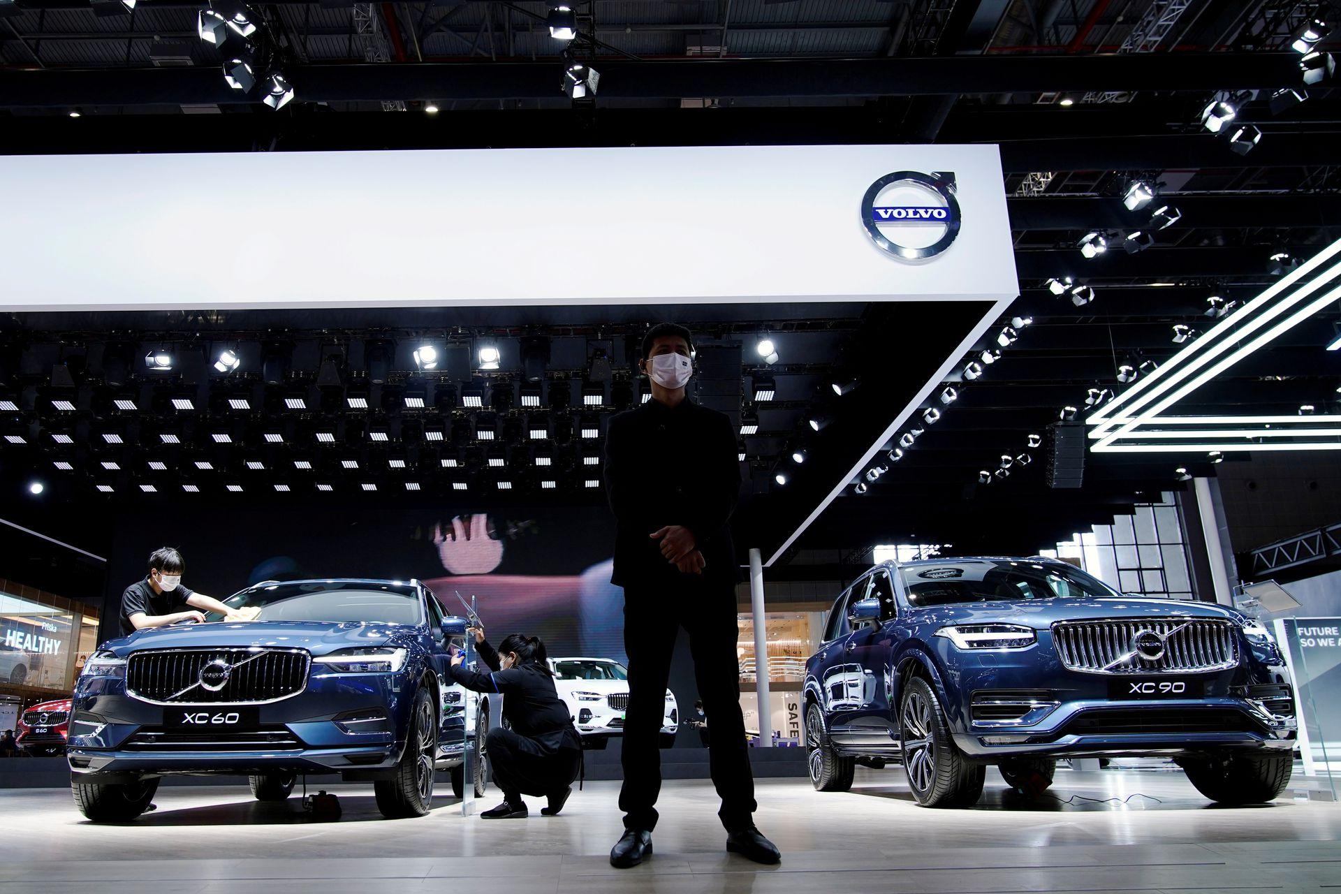 Volvo Cars Geely устанавливает ценовой диапазон IPO, рассчитывая на оценку до 23 миллиардов долларов