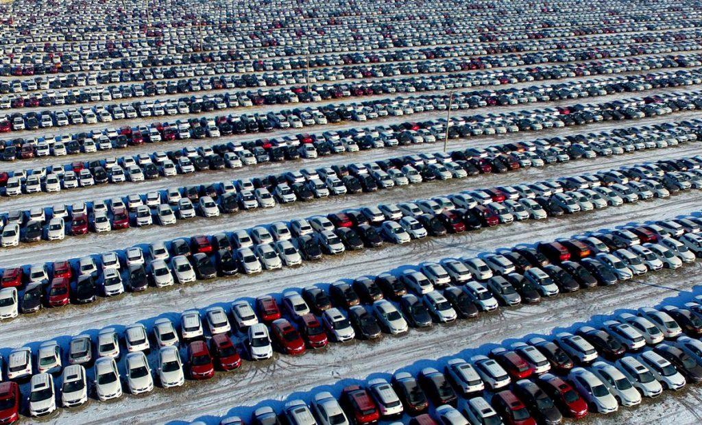 Продажи японских автопроизводителей в Китае упали в августе