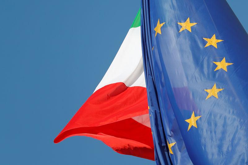 © Reuters. Рынки Европы пострадали из-за политического кризиса в Италии