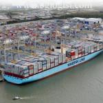 Edith Maersk прошел впервые по Темзе