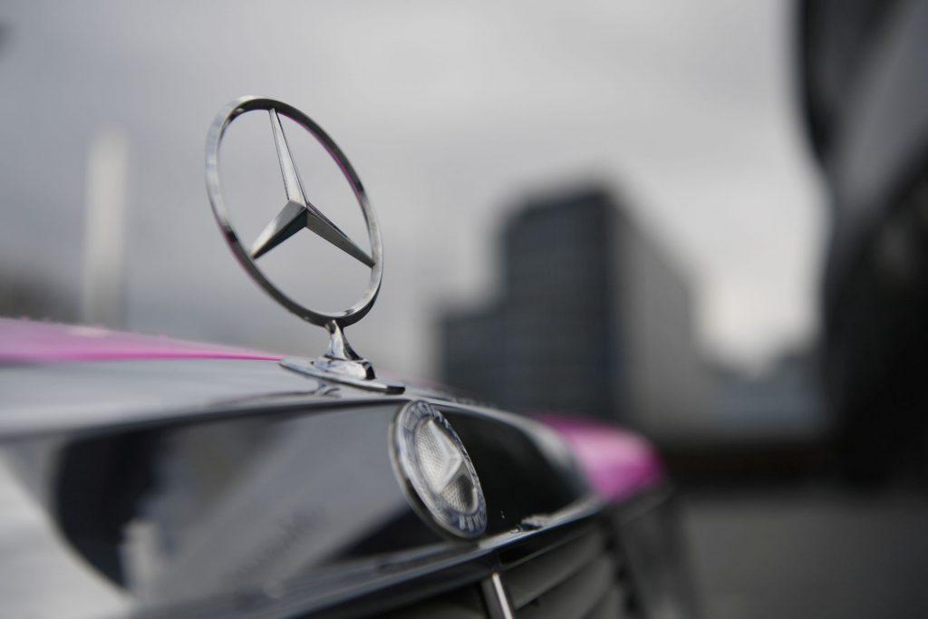 Mercedes-Benz объединился с SSAB, чтобы исследовать сталь, не содержащую ископаемого топлива, для производства автомобилей