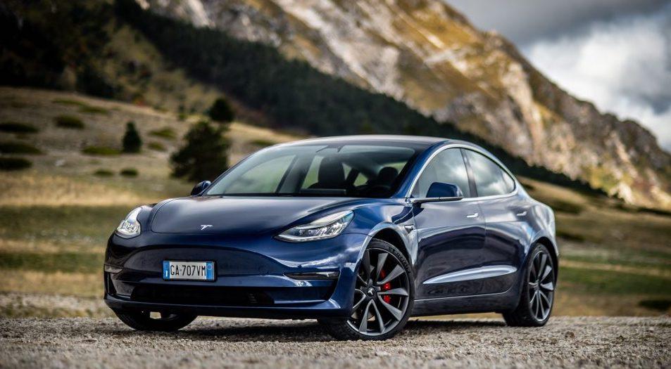 Tesla подняла цены на Model 3 и Model Y