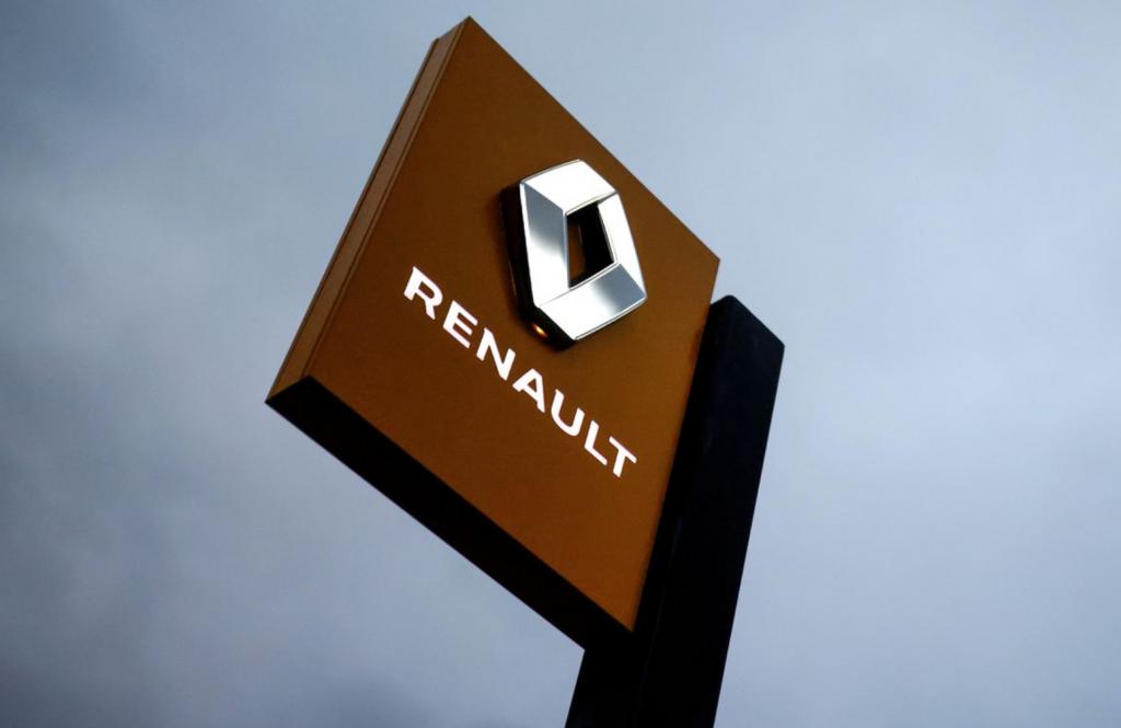 Продажи Renault падают пятый квартал подряд