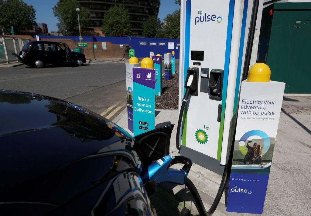 Переход на электромобили требует «переподготовку» для EC