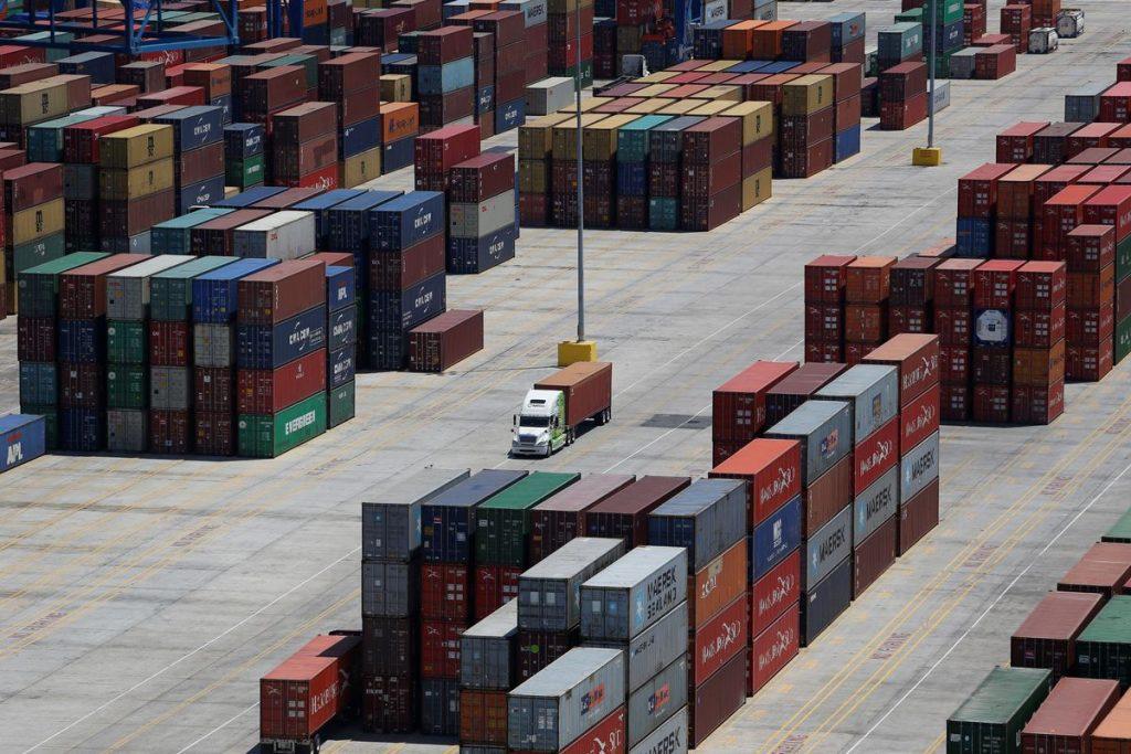 Тарифы на контейнерные перевозки между Китаем и США превысили рекордные 20 000 долларов