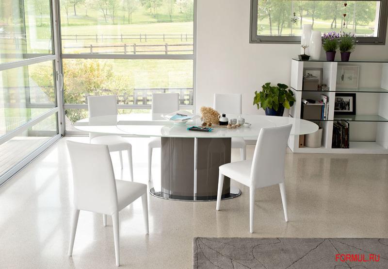 Столы от популярного итальянского производителя Calligaris
