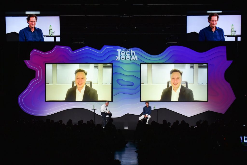 Tesla: новые предприятия по производству полупроводников покроют глобальную нехватку автомобильных микросхем в следующем году