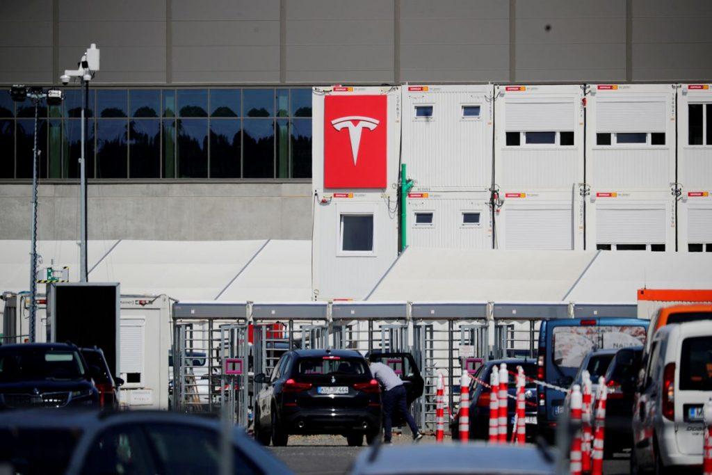 Tesla надеется производить 5-10 000 автомобилей в неделю на заводе в Берлине