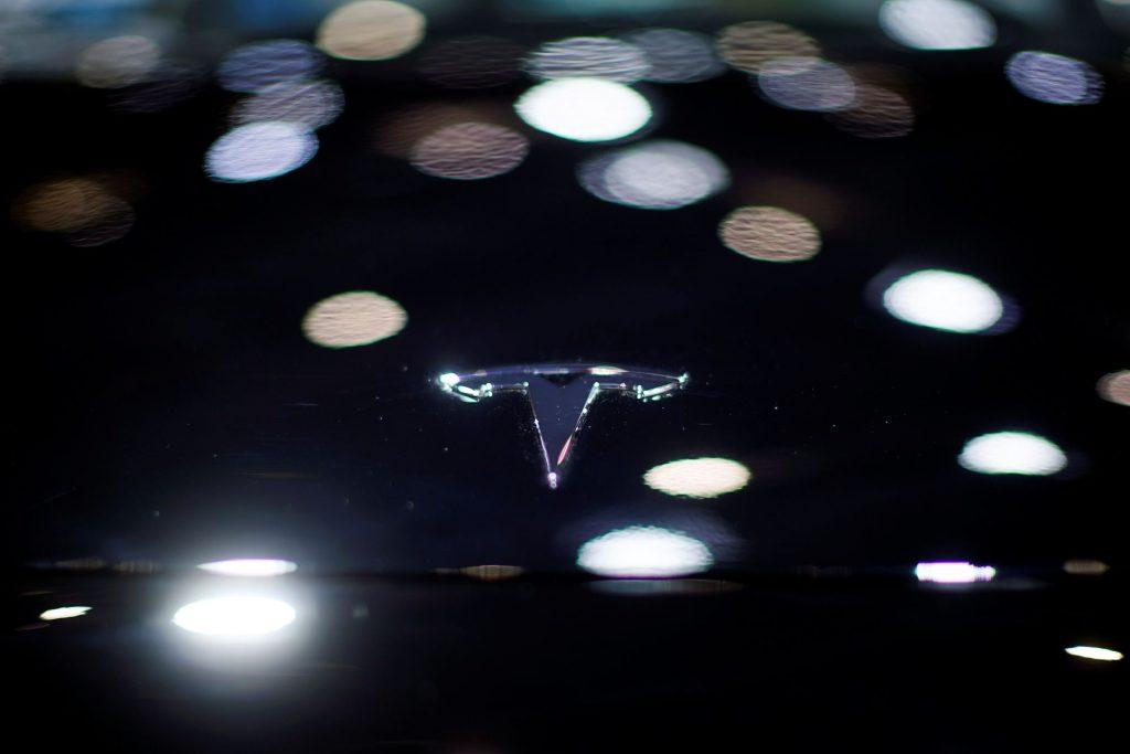 Tesla подталкивает США к увеличению штрафов за не экономию топлива