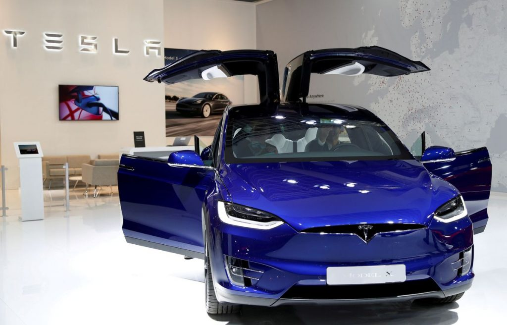 Tesla планирует увеличить поставки после рывка в производстве