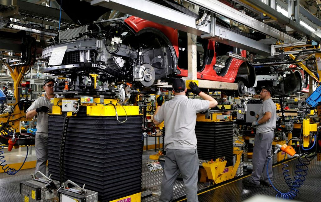 UK car output falls to lowest July level since 1950s