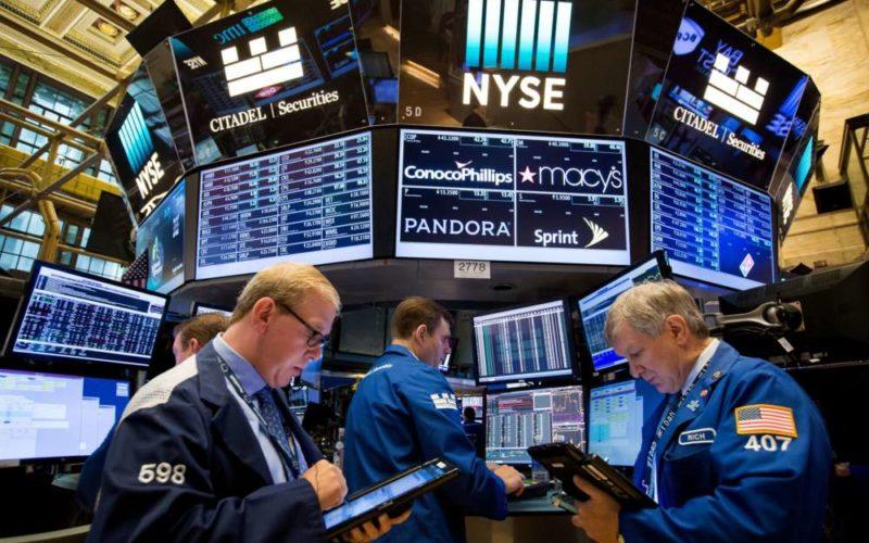 С вероятностью снижения ставки рынок задается вопросом, как далеко ФРС пойдет