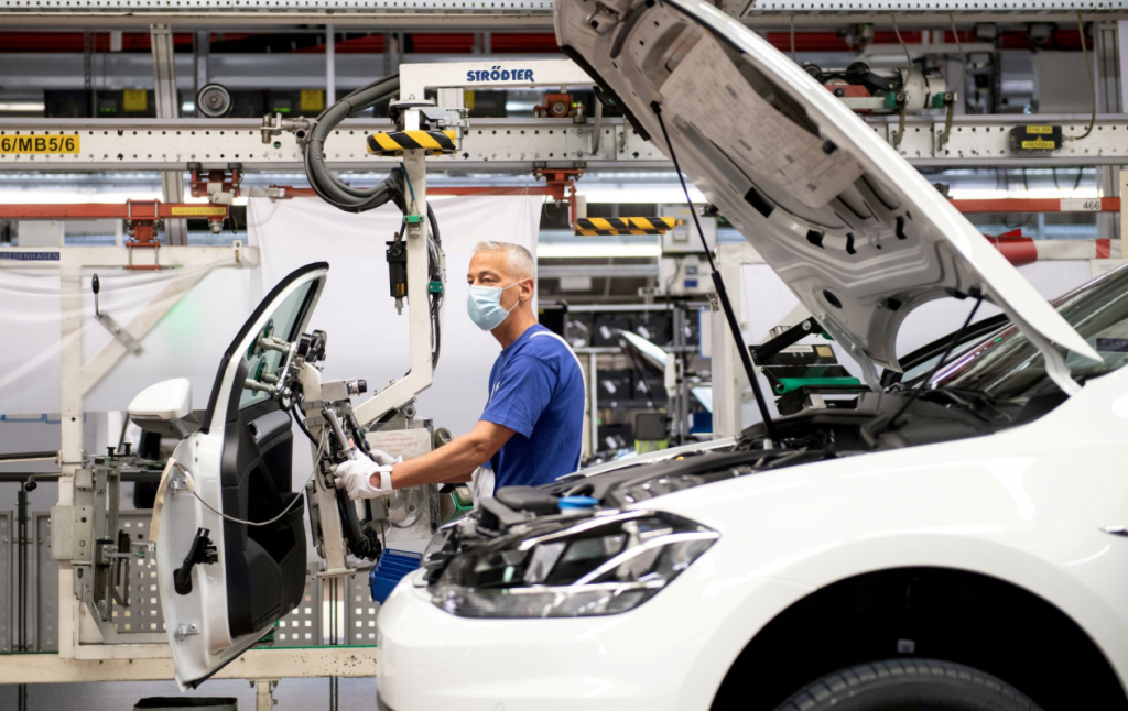 Volkswagen предупреждает об ухудшении производства из-за нехватки микросхем
