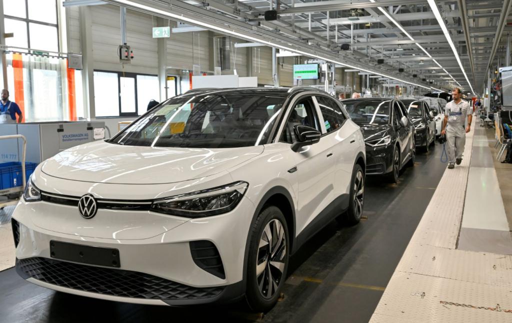 Volkswagen планирует изменить структуру управления -Automobilwoche