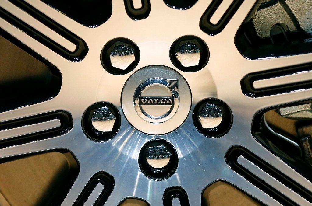 Volvo Cars снова простаивает на заводе в Гетеборге из-за нехватки чипов
