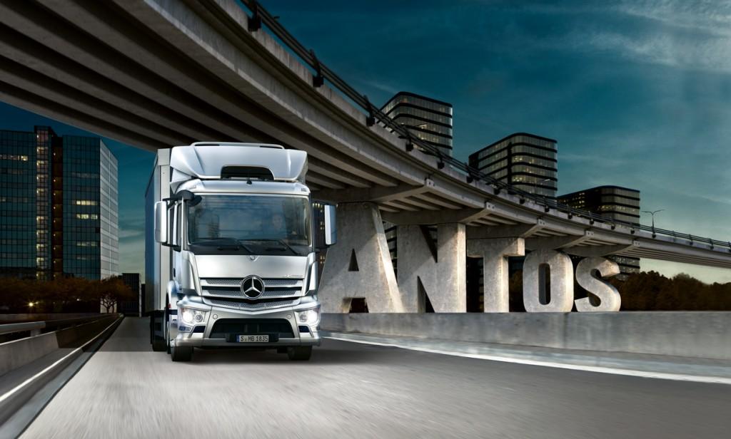 Mercedes-Benz показал миру Antos