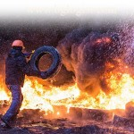Протесты на Украине создают проблемы автомобильным перевозкам