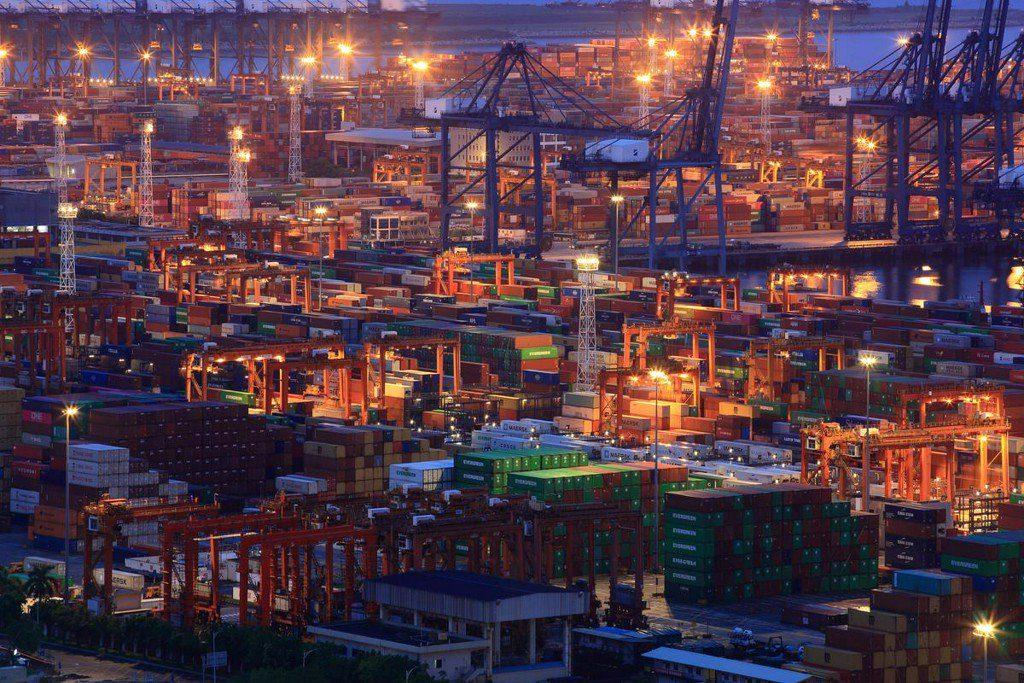 Китай даст отпор тарифному движению США: народная газета