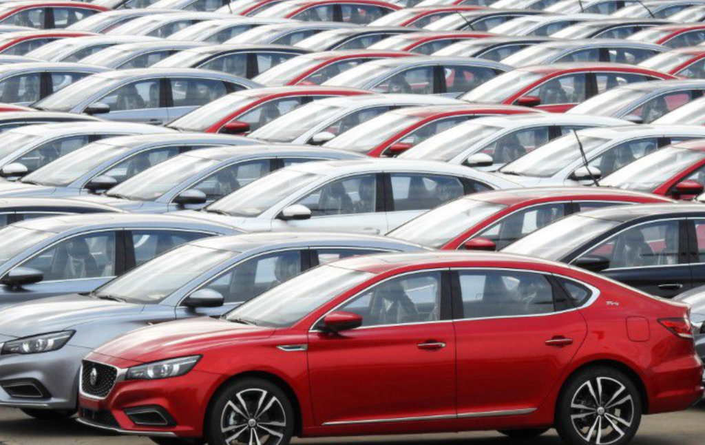 Китайские авто продажи упали на 3% в мае