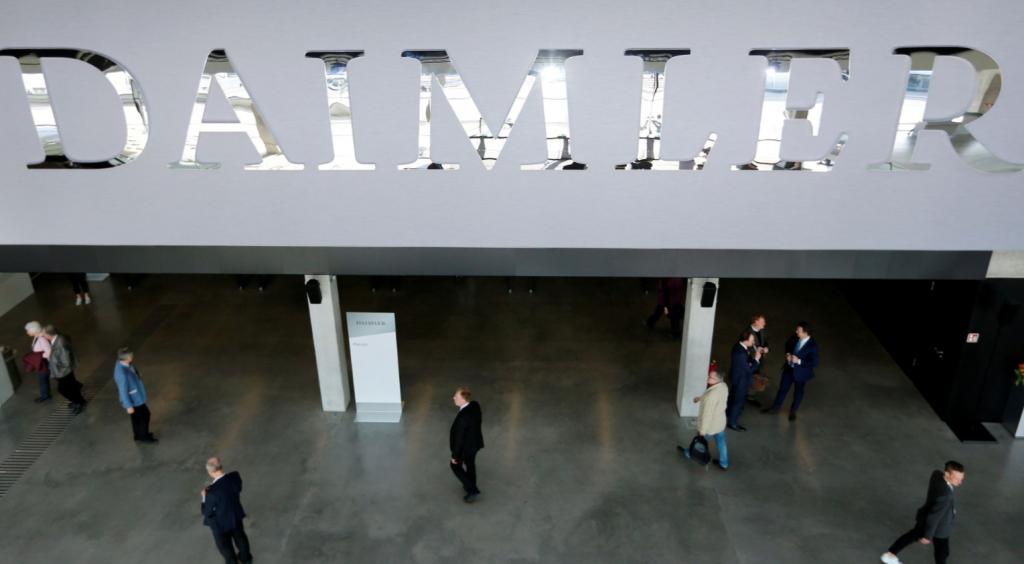 Немецкая группа потребителей подала иск о выбросах дизельного топлива против Daimler