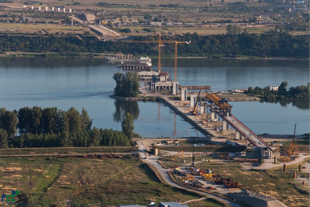 Новый мост через Дунай в 2012 году