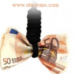 Евро станет дешевле доллара