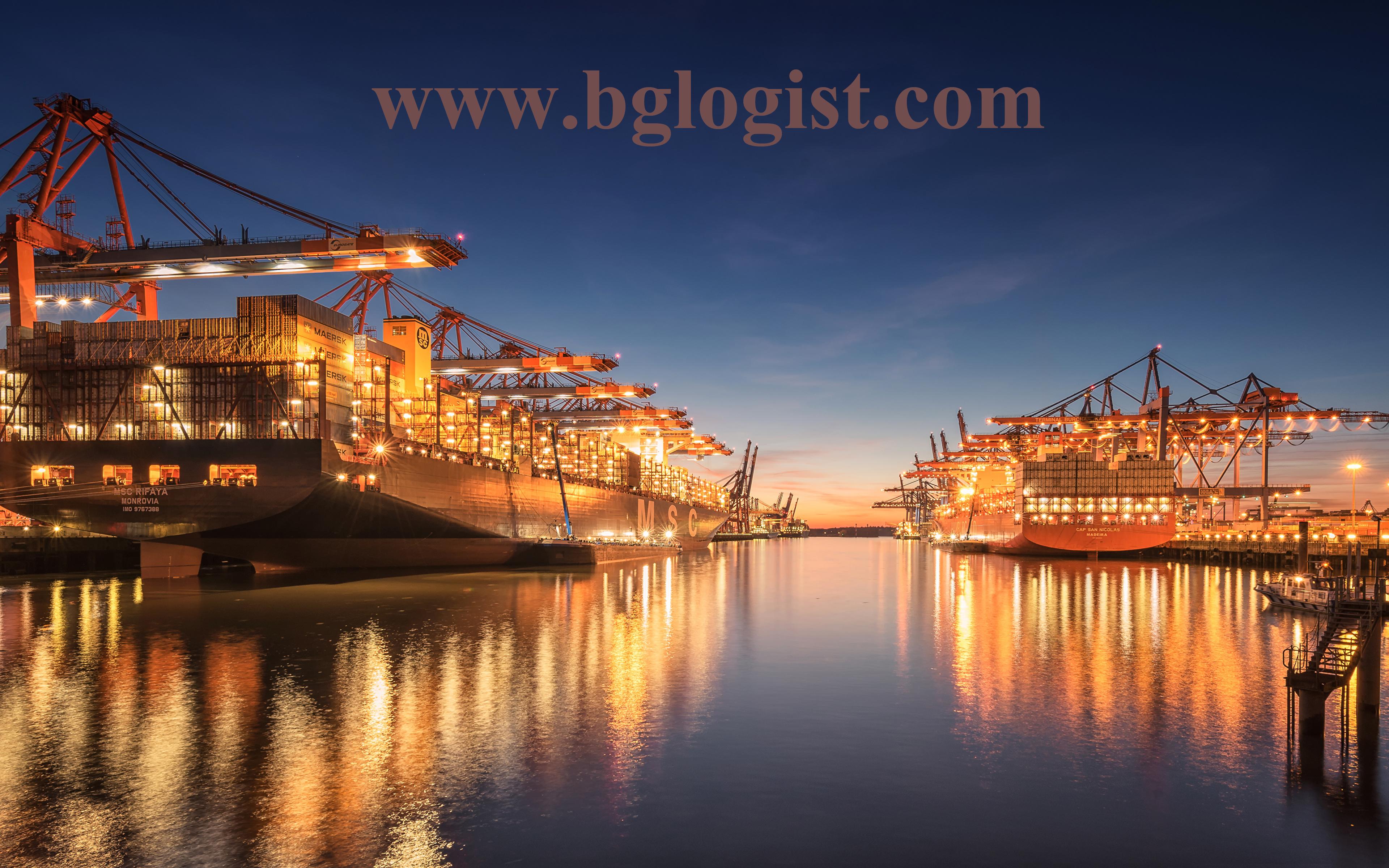 Порт Гамбург углубляет акваторию