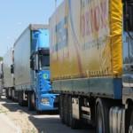 Жара остановила грузовики