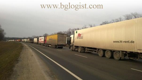 Автомобильные перевозки на Украине нарушены